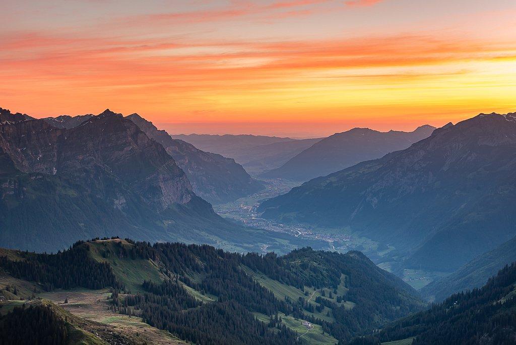 Blick Richtung Glarus, Leglerhütte SAC 2273 m, Schwanden GL