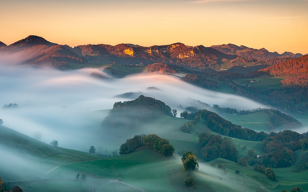 Nebelfall am unteren Hauensteinpass